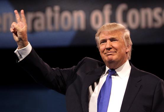 President Trump considers breaking up Big Banks